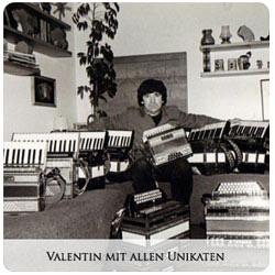 Valentin Zupan - Valentin mit allen Unikaten